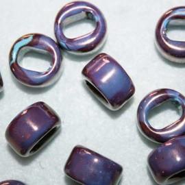 Cerámica violeta y celeste