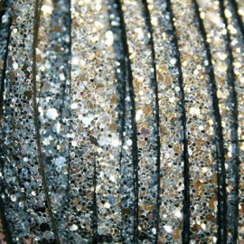 Cuero plano brillos plata de 6mm