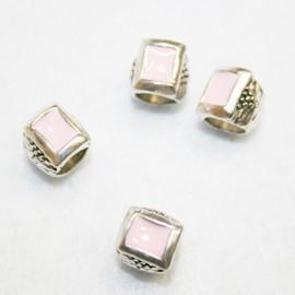 Cuenta esmaltada rectangular rosa
