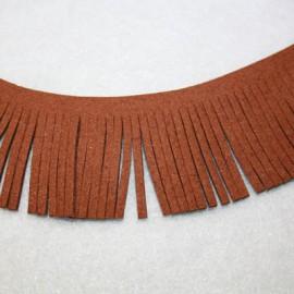 Cinta de antelina con flecos marrón