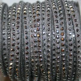 Antelina tachitas gris