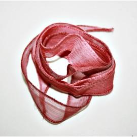 Seda en tiras aguas roja