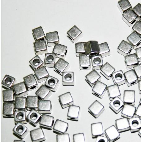 Zamak oferta x 100 cubos 4mm