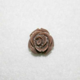 Rosa de resina pequeña marrón