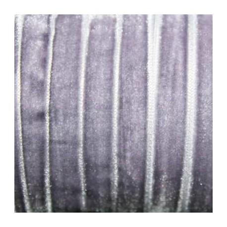 Terciopelo violeta