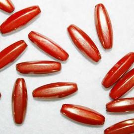 Cuenta cristal alargado rojo