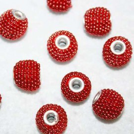 Bola étnica pequeña rojo