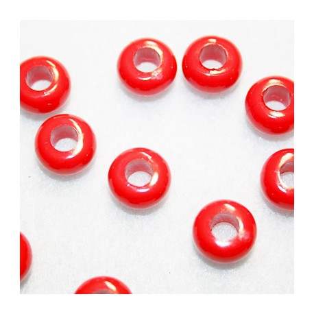 Cuenta de resina roja