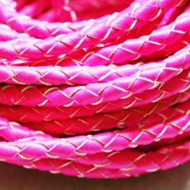 Cuero trenzado fluor rosa. Se vende x medios metros
