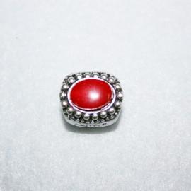 India con resina roja