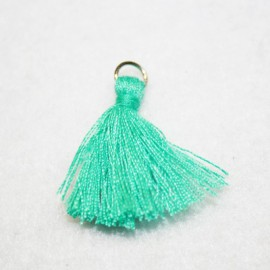 Borla o pompón con anilla turquesa verdoso