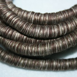 Cordón con hilos 9mm.