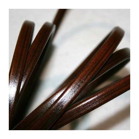 Cuero regaliz marrón