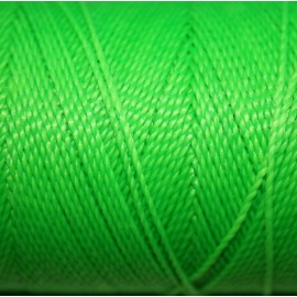 Hilo políester verde fluor