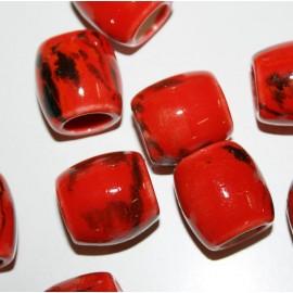 Cerámica tubular roja