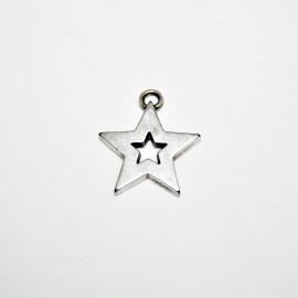 Charm estrella calada