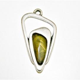 Colgante geométrico con resina verde oliva