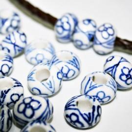 Cerámica blanca diseño en azul tipo donut
