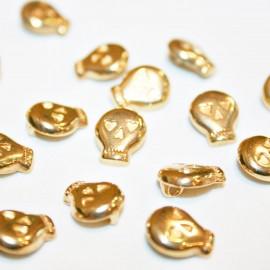 Calvera botón con corazones dorada