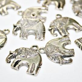 Elefante Indio mediano