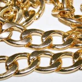 Cadena dorada, eslabón plano de aluminio x 1/2 metro