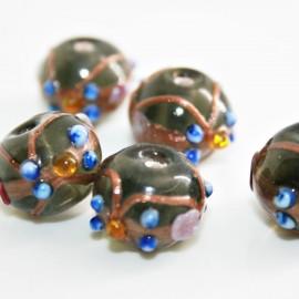 Bola artesanal de cristal con flores gris