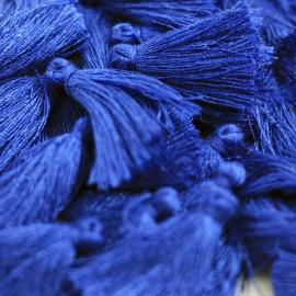 Borla o pompón pequeño azul