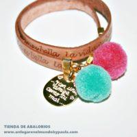Pulsera: La vida es bella... y con amigas como tú más...