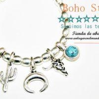 Pulsera Boho Style. Los nuevos charms de zamak bañado en plata que marcan tendencia.