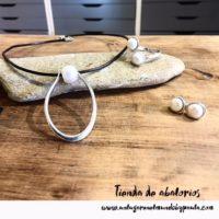 Nuevas piezas y nueva idea para hacer un conjunto de anillo, colgante y pendientes con perlas. Te encantará!!!