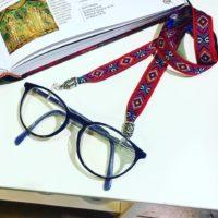 Cuelga gafas! Una idea para hacer un cuelga gafas diferente.