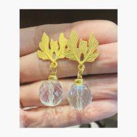 Pendientes con fornitura en forma de hojas y cristal checo facetado