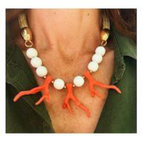 Collar corto: Rama Coral