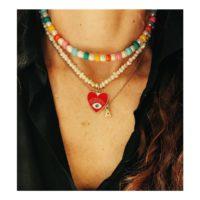 Collares con perlas naturales